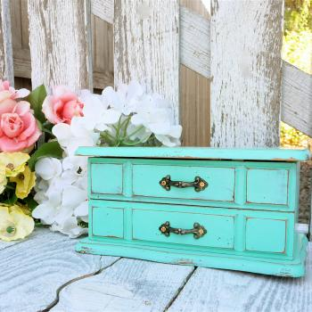 SHABBY CHIC Jewelry Box / Armoire - €129.00